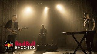 FLAWES - Ocean Eyes (Billie Eilish Cover) [Live]