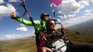 Voo Duplo de Parapente (Paraglider) no Topo do Mundo - Serra da Moeda - BH -  Nayara