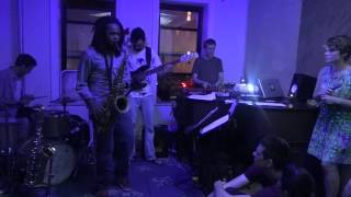pentagonal penthouse - KG,B Live