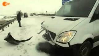 türke macht  Unfall lustig