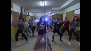 Maluma el Perdedor Remix coreografia de Zumba