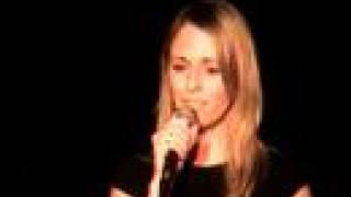 Daphné chante Constance Verluca