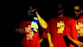 Nuel & 1Mic - I'm On It (Live @ OffSides 6/17/11)