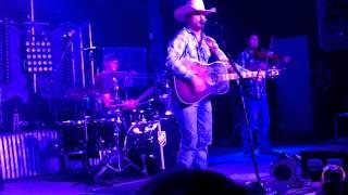 Cody Johnson Band - Baby's Blue (live)