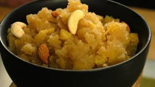 Pineapple Sheera (Indian Dessert)