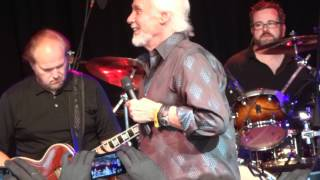 KENNY ROGERS AND LIONEL RICHIE DUET  FULL HD FROM BONNAROO 2012