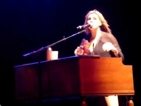 grace-potter-nothing-but-the-water-2-live-2012-goldmosh