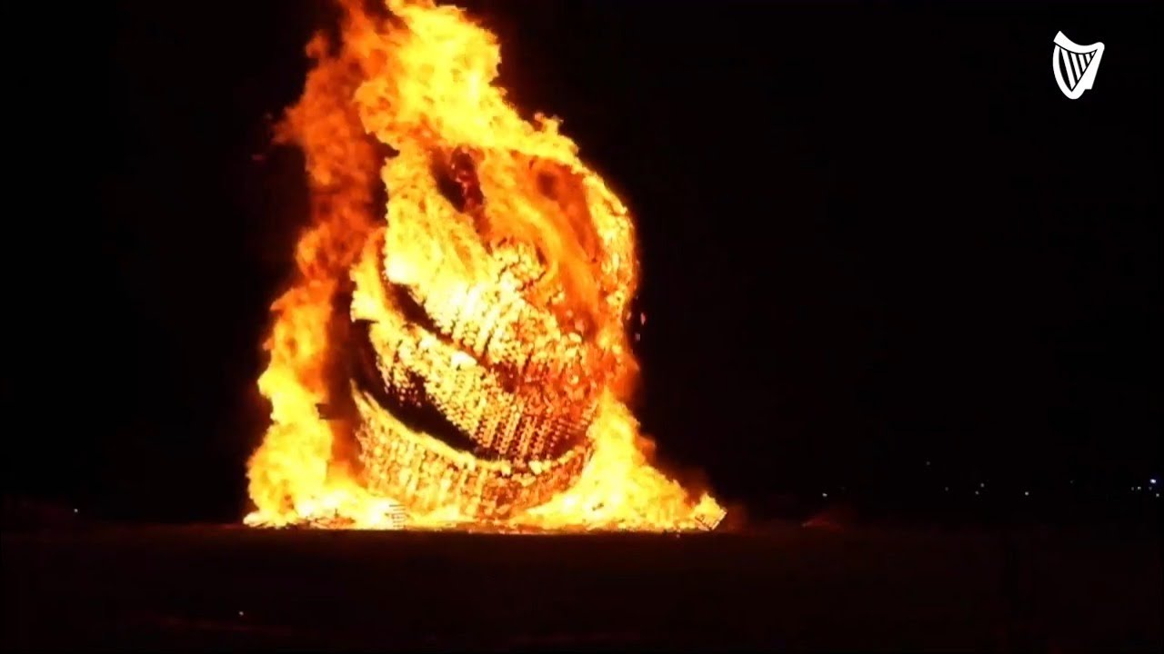 Northern Ireland's Tallest Bonfire at Craigyhill Collapses