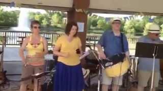 """Americanos tocam """"Asa Branca"""", em Saint Paul, Minnesota - Grupo Batucada do Norte"""