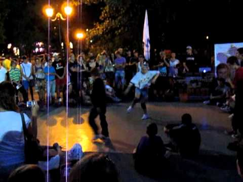 Break Dance in Kharkov, Shevchenko Park