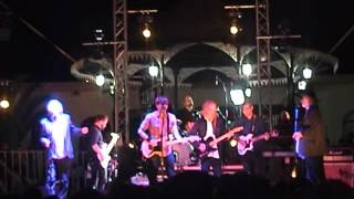 Death Cab For Cutie & Peter Buck - Fall On Me (R.E.M. cover)