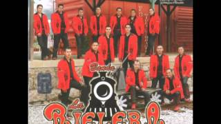 Banda La Rielera - No Se Murió El Amor