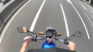 Suzuki AX 100 2t GoPro