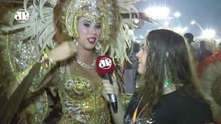 Sem nudez , Vila Maria celebra a fé brasileira no Anhembi | Carnaval 2017