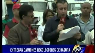 Tareck El Aissami recibe camiones compactadores de basura