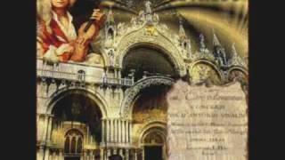 Viva! - Bond Girls (Winter - Vivaldi, Remix)