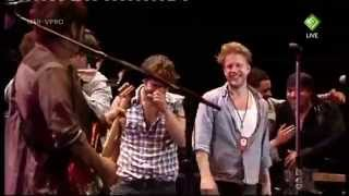 Hungry Heart   ( pro shot)  Bruce springsteen &  Mumford and Sons