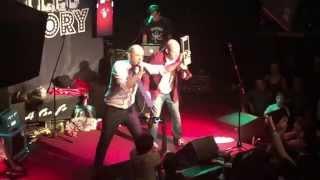 STEVE JOBS vs BILL GATES - Epic Rap Battles of History Live World Tour 2015 @ The Whisky