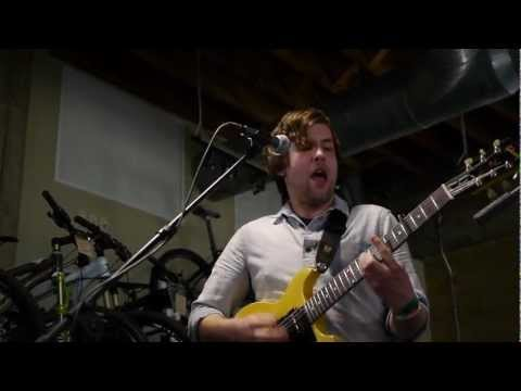 telekinesis-coast-of-carolina-dark-to-light-live-on-kexp-kexp