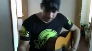 Jose Montaño   A media voz