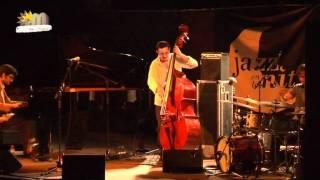 Silvia Perez Cruz & Javier Colina Trio al Jardí de Can Figueres Premià de Dalt