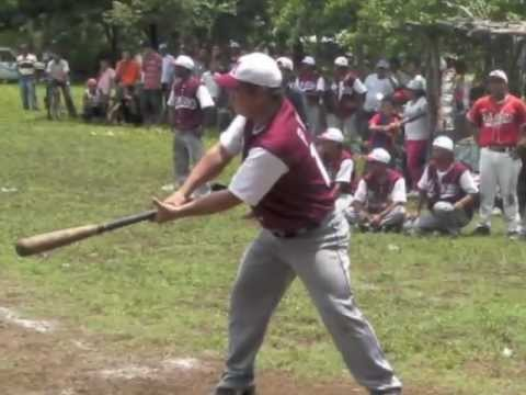 Take me out to the ball park, Chinandega style.