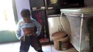 olha so como menino de 3 anos dança funk