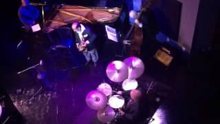 Ellington: Take the A Train (bass solo excerpt)