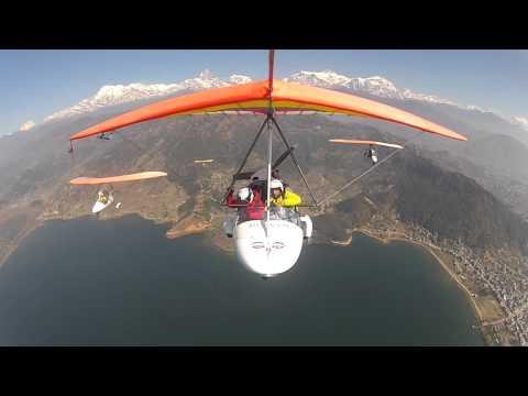 Flight in Nepal, Pokhra. Групповой полет на мотодельтапланах в Непале, Покхара.