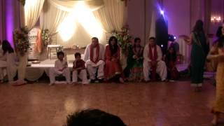 Amazing Mehndi Dance - Chaiyya Chaiyya