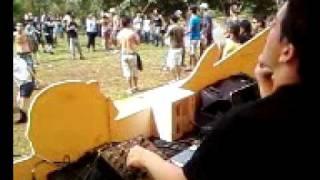 DEDEX LIVE (MÚSICA  SATISFACTION)
