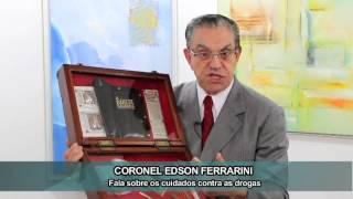 Bíblia é usada para esconder drogas