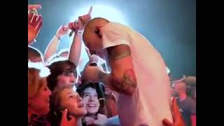 Linkin Park Chester Bennington - Crawling live concert 2017