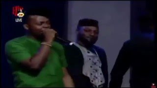 Olamide and Don Jazzy fight at 2015 Headies (edited clip)
