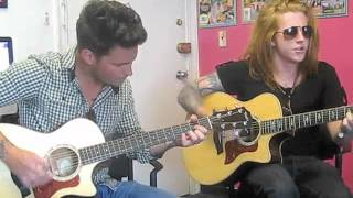 "WE THE KINGS' ""Friday is Forever"" Live Acoustic Performance!"