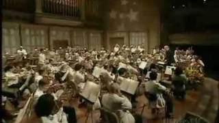 """John Williams - Tema Orquestal de: """"E.T - O Extraterrestre"""" (Linda Apresentação do Filme ET)"""
