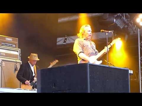 j-karjalainen-ma-tahdon-olla-lahella-sinua-radio-aallon-helsinki-paivan-konsertti-1262013-aruaaalable