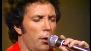 TOM JONES - I KNOW I'LL NEVER LOVE THIS WAY AGAIN