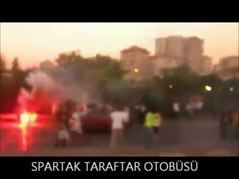 TÜRK bayrağını yakanlar diri diri Yakılıyor! Fenerbahce taraftarı spartak moskova intikamı!