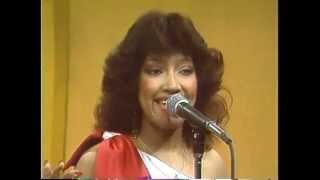 LAS CHICAS DEL CAN canta: EUNICE BETANCES - Cunde Cunde (video 80's)