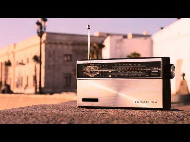 """Music video by Turmalina performing Todo o Nada (Audio). (C)2015 Turmalina  Adelanto del LP """"Hasta que los pulsos paren"""""""