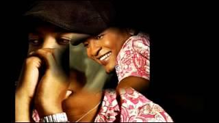 Tal parece que yo me acostumbre a ti en un solo dia. Alina Vargas ft Wason Brazoban