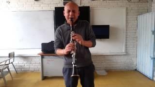 solo con clarinete en la!!!