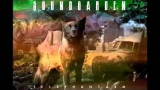 Soundgarden - Telephantasm cover art with black rain song