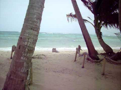 Nicaragua — Little Corn Island Beach & Bungalow