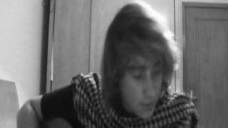 """Távio singing """"Adivinha o quanto gosto de ti"""" (André Sardet Acoustic Cover)"""