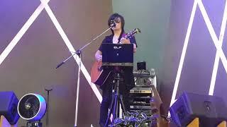 통기타 라이브 가수 윤지후님~가을 우체국 앞에서