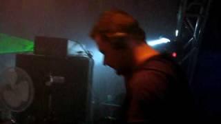 dj xentrix aka (matt heize) playing plastikman (dufire spastik remix)
