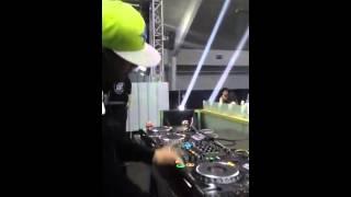 Pleasure - Popcorn ( Majistrate Remix ) LIVE