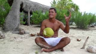 How to Crack a Coconut (the Tahitian Way)
